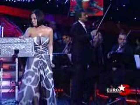 Ebru Gündes - Keskin Biçak (Star Tv 2008)