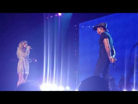 SPEAK TO A GIRL - Tim McGraw & Faith Hill Soul2Soul Tour 2017