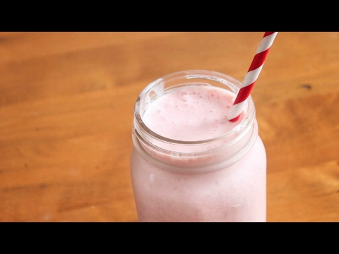 Strawberry Orange Smoothie | 4 Ingredients