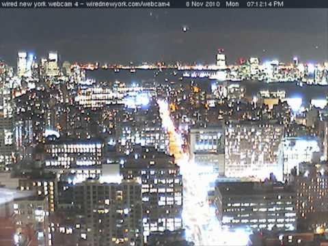 UFO WEBCAM NYC 11/08/2010 WAKE UP!