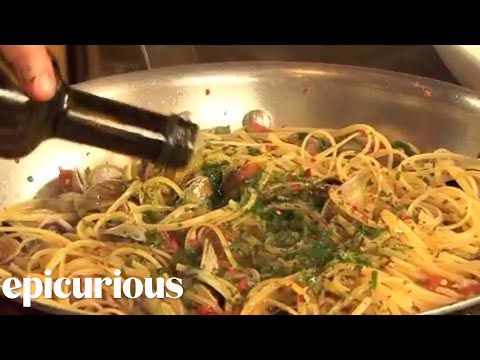 Chef Mario Batali Shows How to Make Linguine with Clams | Epicurious