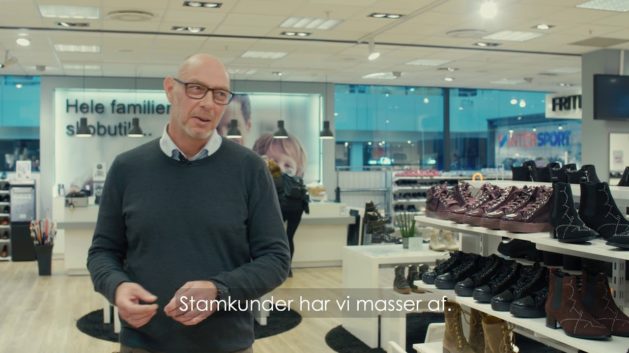 7f9cf7f4d541 Lyngby Storcenter - Paw Sko - YouTube