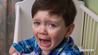 5 Frases que nunca debes decirle a tu hijo cuando llora