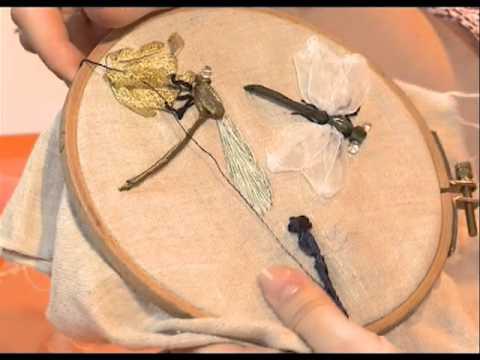 Стрекозы вышивка гладью