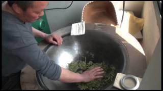 Больше информации о зеленом чае Лунцзин(Всем большущий привет! Сегодня мы с вами узнаем чуточку больше о зеленом чае Лунцзин. План таков: мы десанти..., 2012-07-17T17:14:28.000Z)