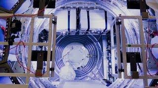Loading ATV-5 cargo