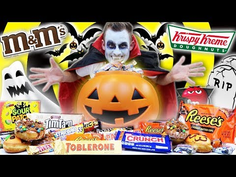 THE ULTIMATE HALLOWEEN CANDY CHALLENGE! (18,000+ CALORIES)