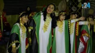 منزل إماراتي يتزين بوشاح ضخم لشهداء الإمارات
