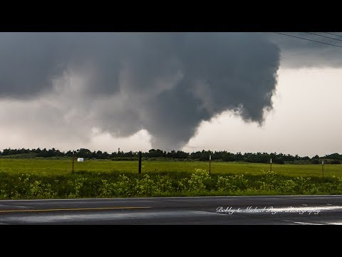 News 9 Storm Trackers Intercept Chester, OK Tornado 5/18/17