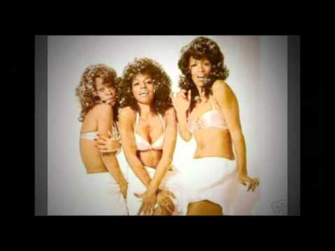 THE THREE DEGREES  everybody gets to go to the moon (LIVE!)