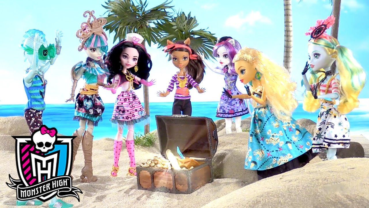 Treasure Hunting with the Crew: Shriek Wrecked Part 1   Monster High