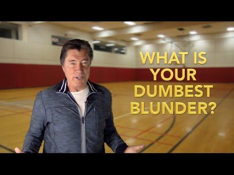 How to STOP This Career-Killing Blunder | Leadership Speaker/Author | Ross Shafer