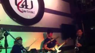 Mua đàn guitar Cầu Giấy Hà Nội (7-1-14)