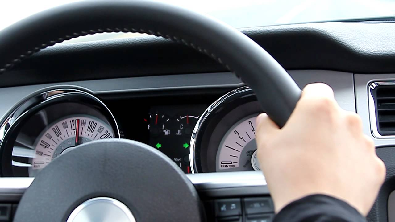 2011 Ford Mustang V6 Top speed - YouTube