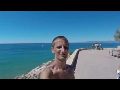 Promenade des bords de plage de Salou à Playa Larga à pieds ( Vacances Espagne 2016 ).