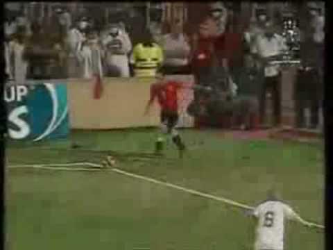 Algeria Egypt 1-0 funny commentary in Khartoum 11/18/2009 السودان