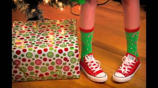 "Cara Allen ""Oogie Oogie Oogie Do the Santa Claus Boogie"" Lyric Video"