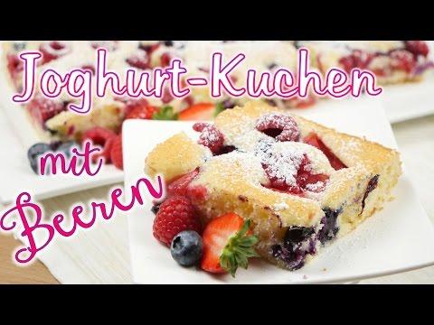 Joghurt-Kuchen mit frischen Beeren I Blechkuchen I Sommerkuchen