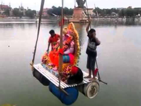 Ganesh Visarjan In Baroda 2011 (Sursagar)