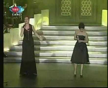 Sertab Erener & Candan Erçetin - Yanarım (Live)