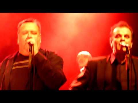 Lapinlahden Linnut: Vanha Suomalaisten Poikain Vitutuslaulu (Tavastia Live 9.12.2009)
