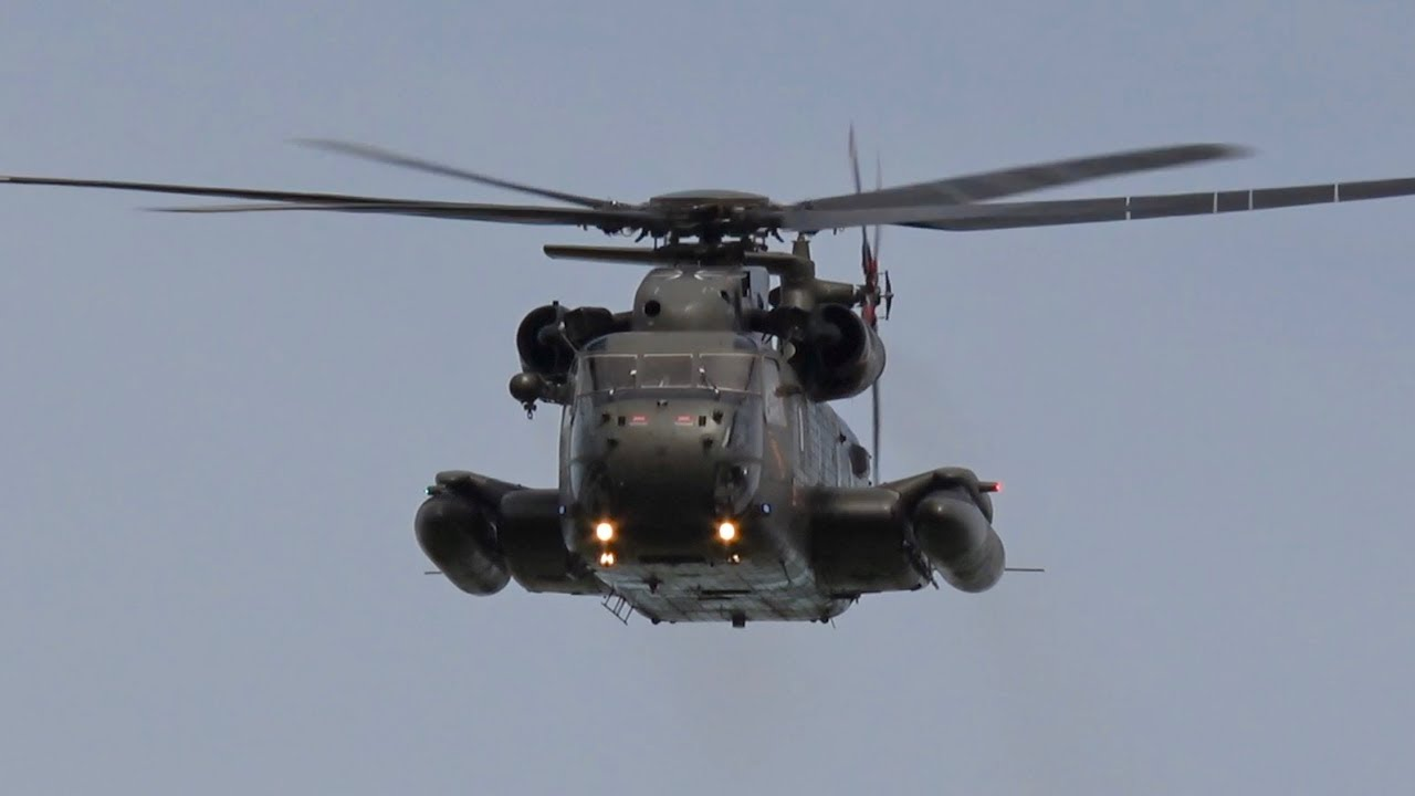 Sikorsky CH-53 Sea Stallion Flying Display Luftwaffe