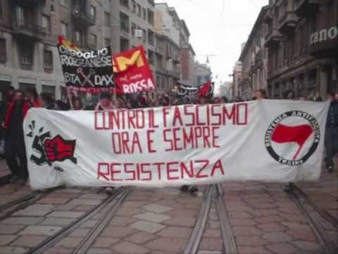 'O Zulù feat. Banda Bassotti - Rigurgito Antifascista (Live in Berlin)