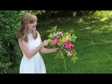 Step-by-step summer bouquet