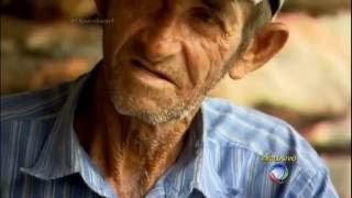 Brasileiro vive isolado entre os paredões do cânion do Xingó