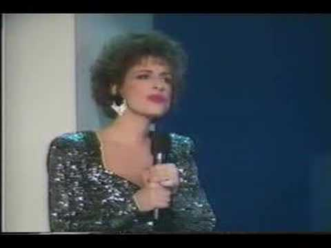 Patti LuPone sings Comden and Green