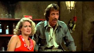 Chuck Norris Bar Fight Scene Firewalker (german)