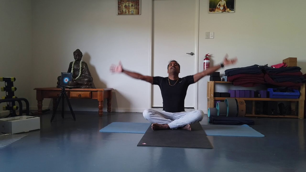 1 hour yoga class - YouTube