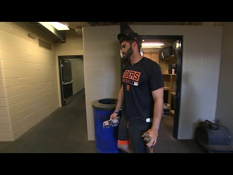 ARI@CIN: J.D. Martinez reacts to news of being traded