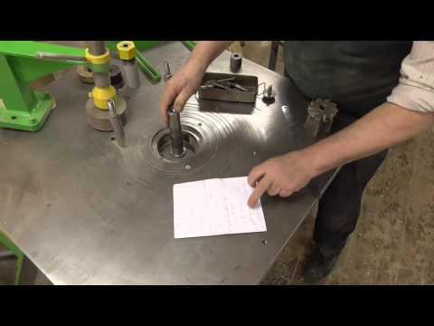 Самодельный алюминиевый 3 х осевой фрезерный станок с ЧПУ