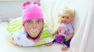 Ева учит БЕБИ БОН куклу КАК быть МАЛЫШОМ (новое видео)