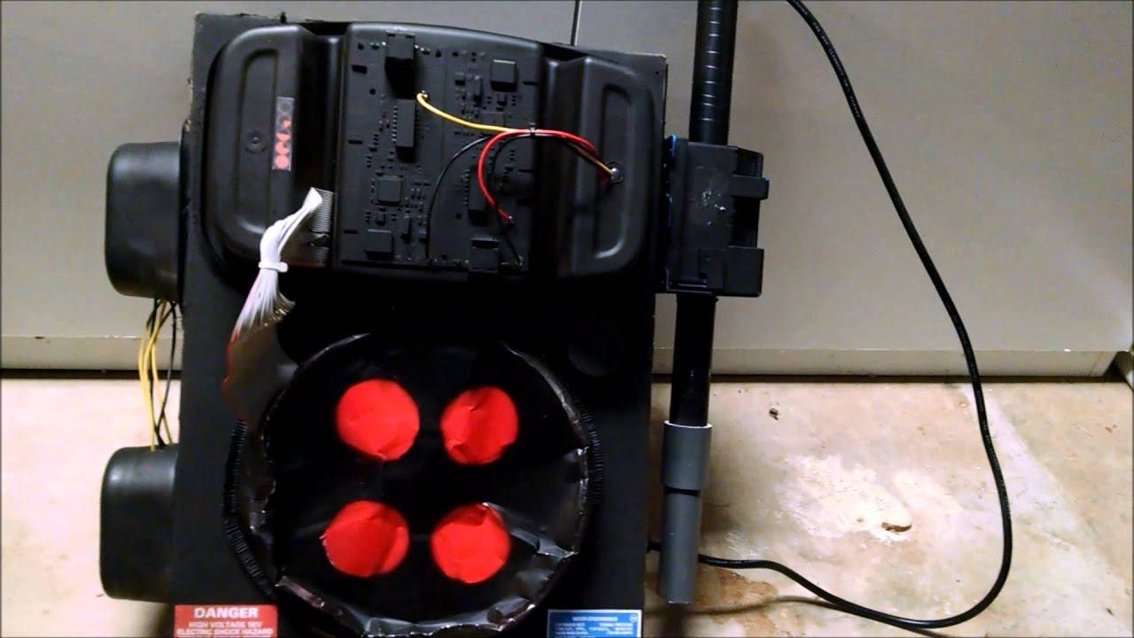 DIY $5 Ghostbusters Proton Pack - YouTube