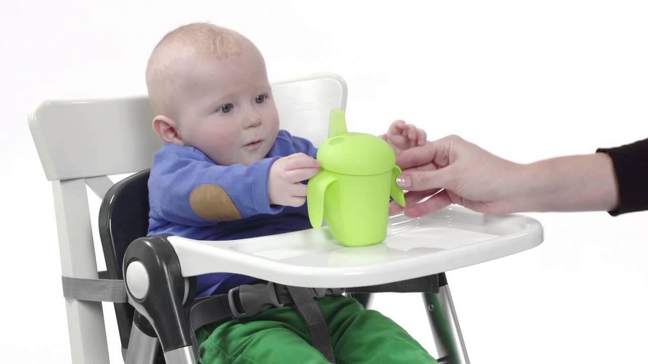 Opvouwbare Reis Kinderstoel.Handige Opvouwbare Stoelverhoger Flippa Van Mykko Youtube