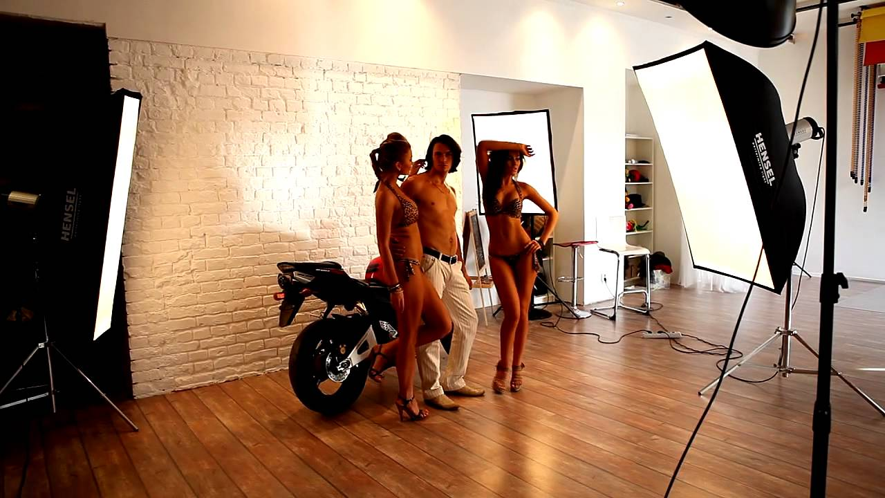 Amateur Models Backstage