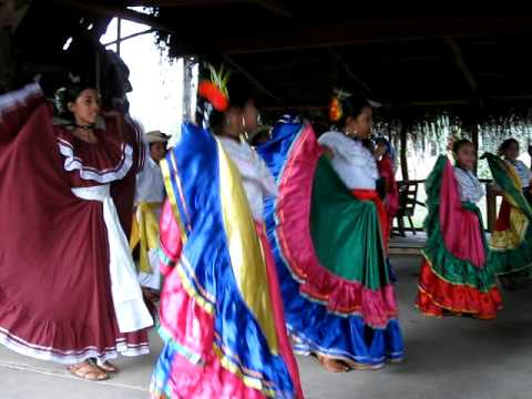 Traditional Costa Rican Dance