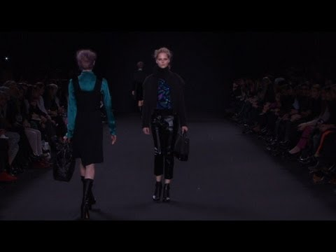 Paris / Vanessa Bruno Ready-To-Wear Fall/Winter 2012/13 - fashion show and interview