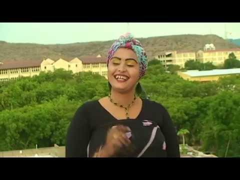 Hees Cusub Dhalanteed - Salma Muxiyadiin | Somali