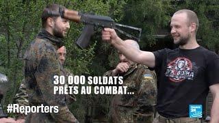 Soldats ukrainiens vs séparatistes pro-russes : Drôle de guerre à Marioupol - UKRAINE