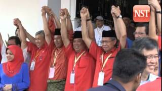Three cornered fight in Pengkalan Kubor by-election