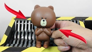 experiment-shredding-squishy-teddy-bear-the-crusher