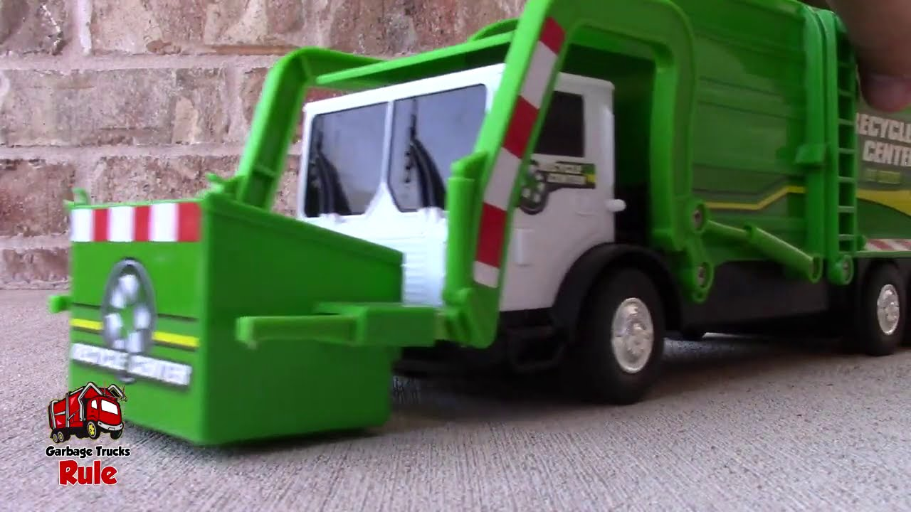 Garbage Truck Videos For Children l Grouchy Sleeps During Garbage Pick Up  l Garbage Trucks Rule