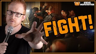Fight breaks out at a comedy show - Steve Hofstetter