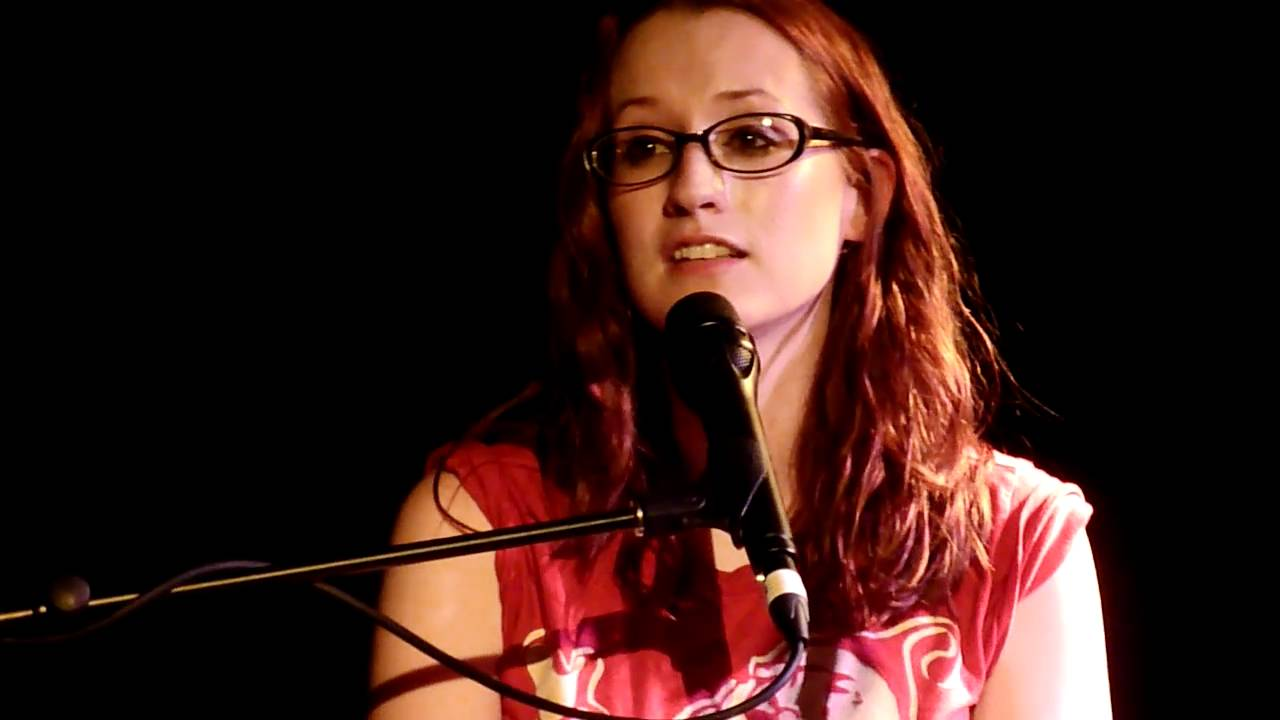 Ingrid Michaelson - Can\'t Help Falling in Love (Live in Melbourne ...