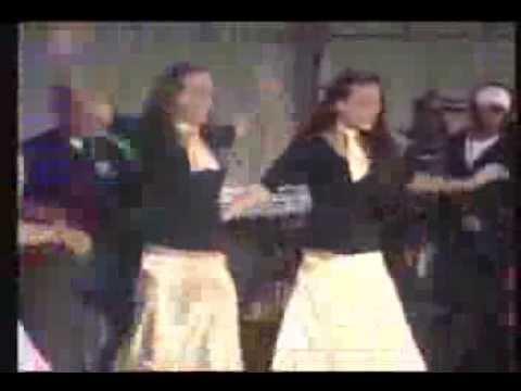 Chante danse et mets tes baskets (100 ans de chansons françaises)