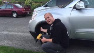 Change a headlight on GMC Acadia - C Willcox