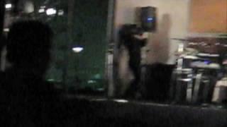 2008年10月12日川崎で行われた京浜ロックでのひとコマ。 『うん...
